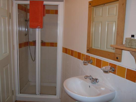 Albany Lodge: Bathroom Room 201