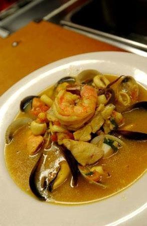 Sardella's Italian Restaurant: Italian Seafood Stew