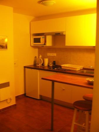 Rezort Apartmany Hrabovo: Kitchen with full equipment