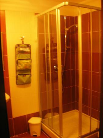 Rezort Apartmany Hrabovo: Bathroom
