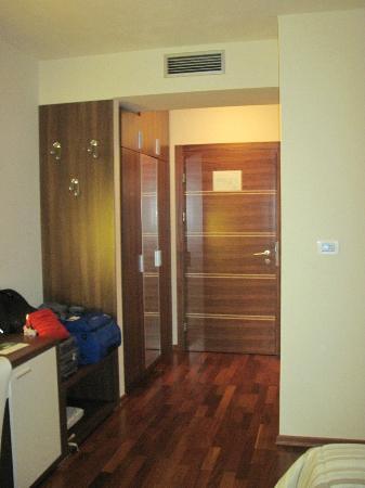 Hotel Degenija: entrata della camera