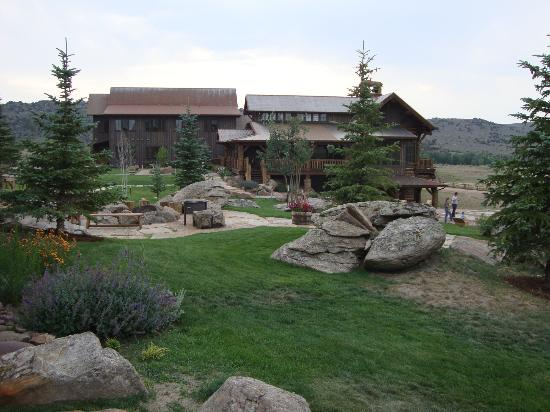 The Lodge and Spa at Brush Creek Ranch: The Lodge