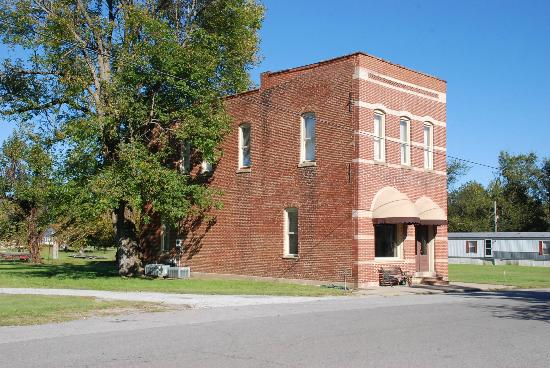 Old Bank Building Now Vancat - Picture of Smithland