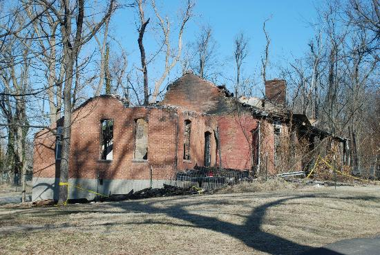 Smithland, KY: House where there was part of the Underground Railroad--Now burned