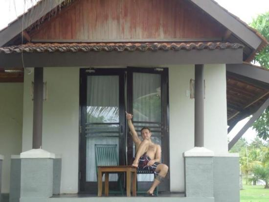 Grand Elty Krakatoa - Lampung : in front of the villa