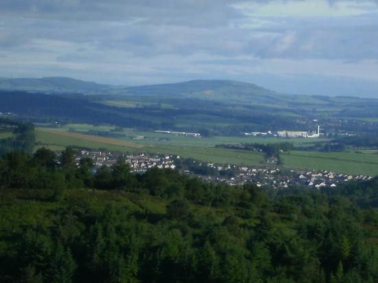 Brimmond Hill Country Park: Looking towards Inverurie