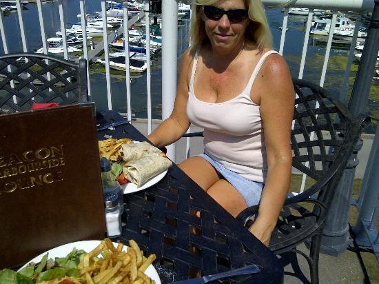 Beacon Harbouside Restaurant: Great Views !