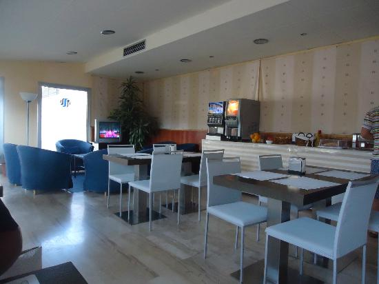 SM Hotels Turissa: Sala per la colazione
