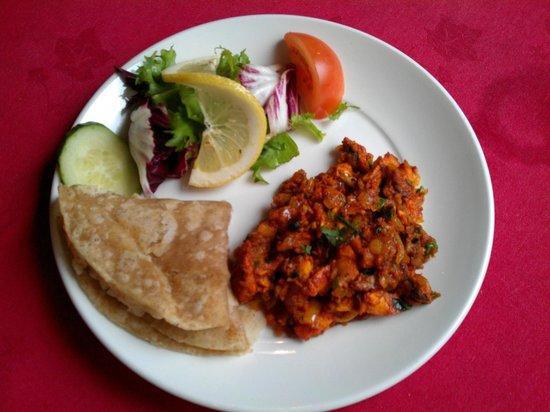 Cloves Indian Cuisine: Tetul mix starter