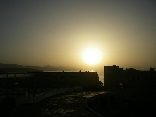Morasol Atlántico: ver salir el sol desde nuestra habitación era un lujo, y sino que juzguen las imágenes...