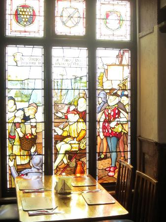 The Ship Inn: The stained glass breakfast room
