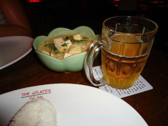 โรงแรมแอตแลนตา: Curry in the restaurant