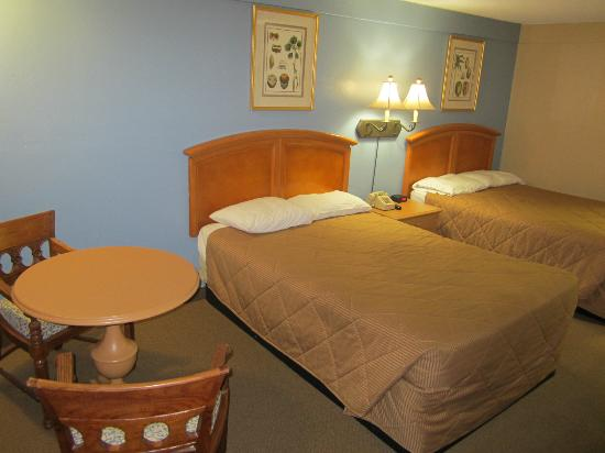 Knights Inn Maingate Kissimmee/Orlando: Newly renovated double room
