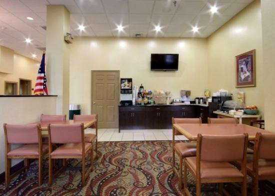 Quality Inn & Suites: VA