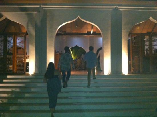 The Residence Zanzibar Entrance To Dining Room