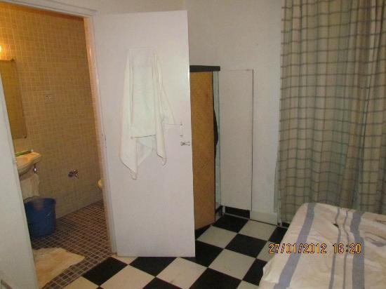 Aldeia Santa Rita: bathroom