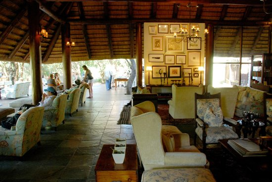 andBeyond Ngala Safari Lodge: lounge