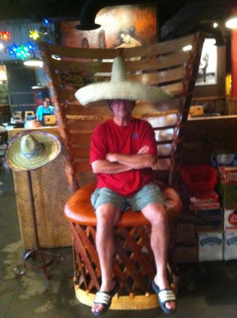 Margaritas Mexican Grill: I Got the BIG Chair!