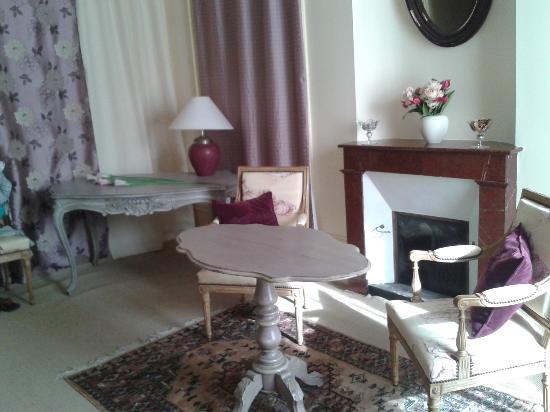 La Rotonde : room