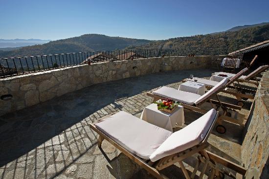 Hotel Spa Villa de Mogarraz: Terraza solarium