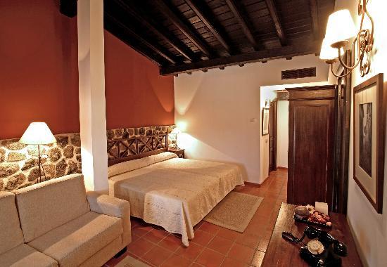 Hotel Spa Villa de Mogarraz: Habitación