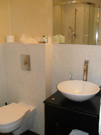 La Boutique Hotel Prague: Bathroom