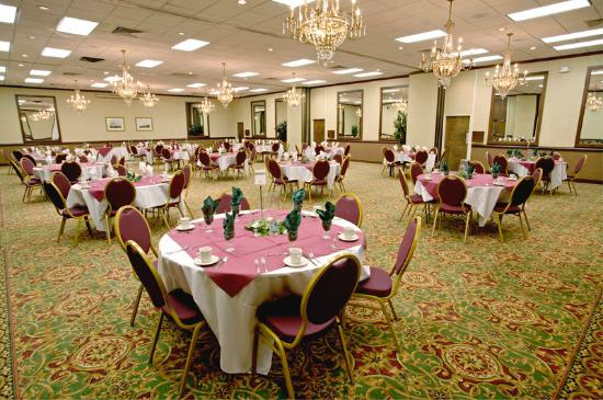 Quality Inn Near Hampton Coliseum: Banquet Room