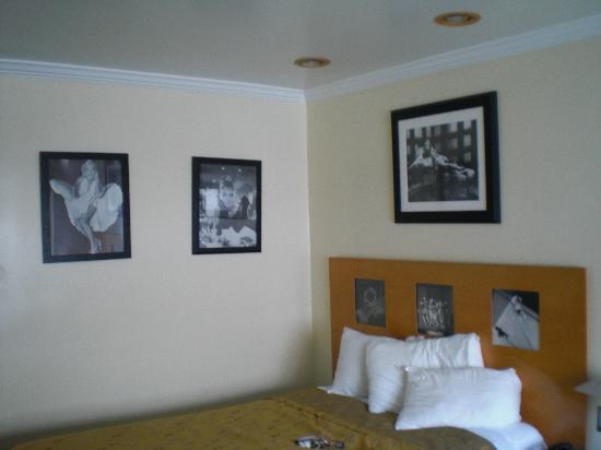 Beverly Laurel Motor Hotel: Kamer