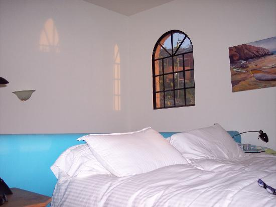 Los Colibris Casitas: Second floor bedroom in Casa Colina