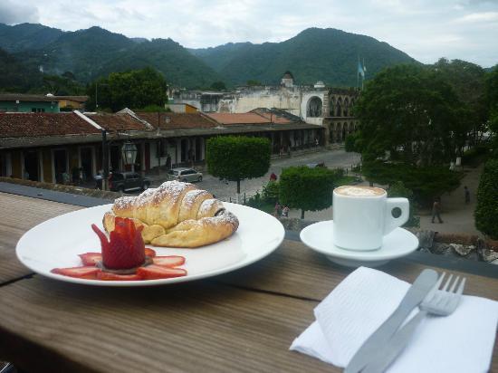 La Casaca: postres y delicioso café antigueño