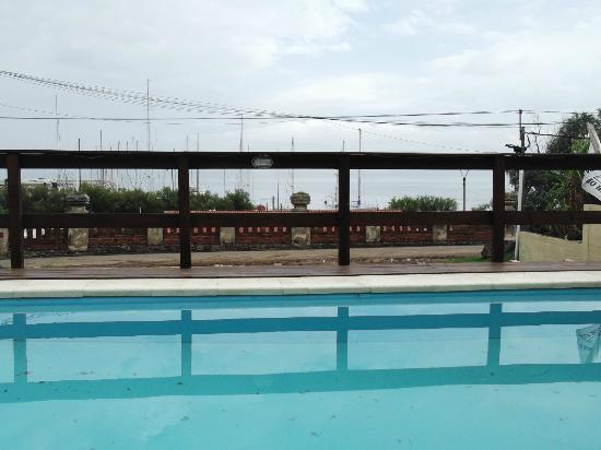 San Remo Terrazas Hotel: vista de la pileta