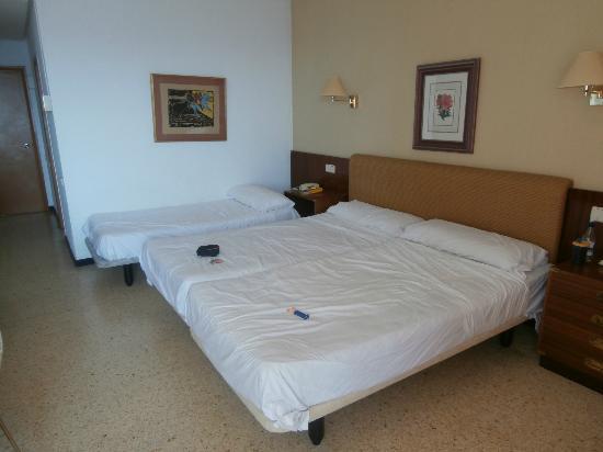 Complejo Calas de Mallorca Resort : hotel room