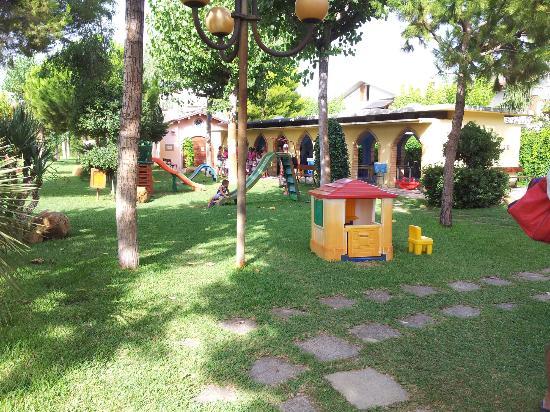 Villaggio Welcome Riviera d'Abruzzo: Parco giochi e mini club