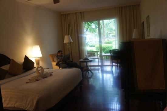 Sofitel Krabi Phokeethra Golf & Spa Resort: our room overlooking the pool