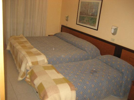 Hotel Moderno: Habitacion cuadruple
