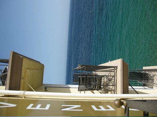 Villa Venecia Hotel Boutique: balcon de la suite