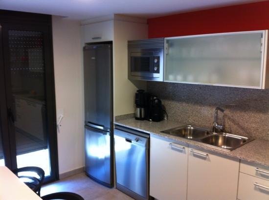 Apartamentos Terraza Figueres: cuisine