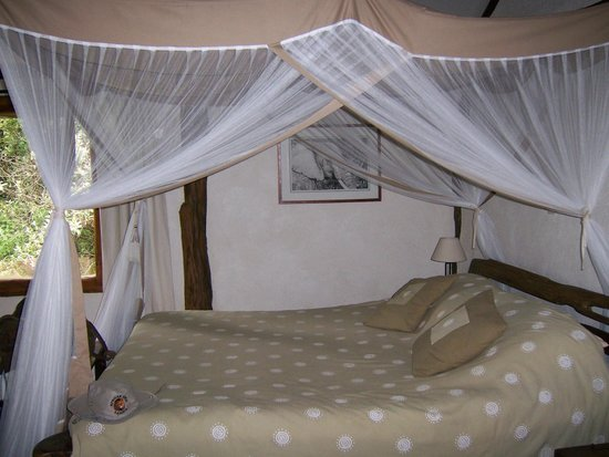Mara Bush Houses, Asilia Africa: bedroom