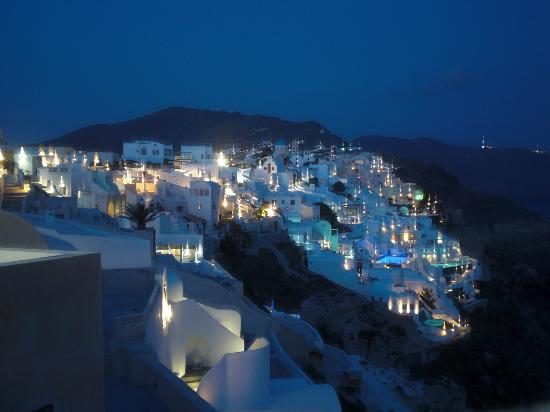 Maria's Place: Oia bei Nacht