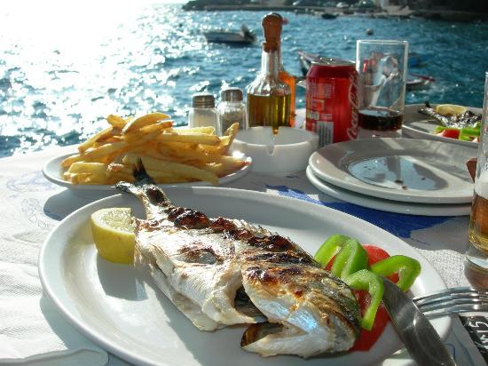 Maria's Place: Fischrestaurant