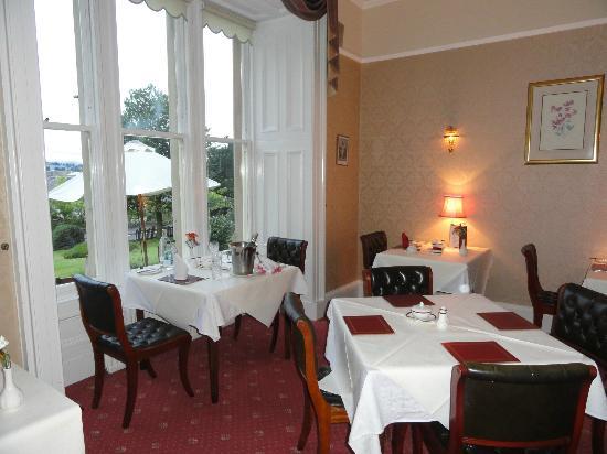 Sunbank House Hotel: Lo splendido ed elegante locale Ristorante dove viene servita anche la colazione
