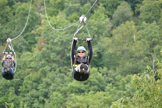 Mountain Creek Zip Tours: Weeeeeeee