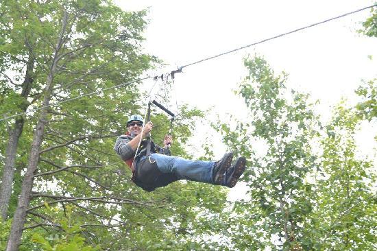 Mountain Creek Zip Tours: lots of fun