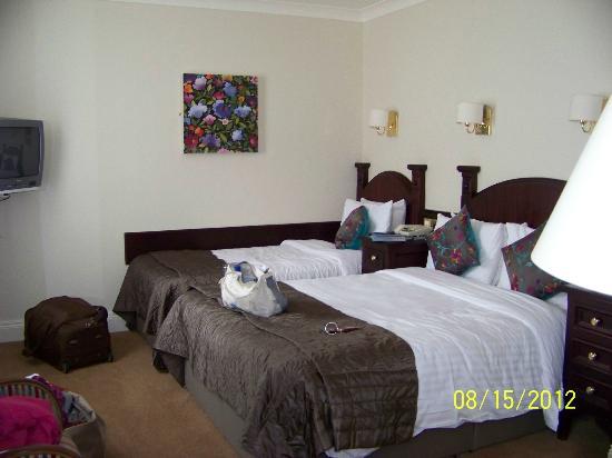 The Grand Hotel Tralee: jolie chambre