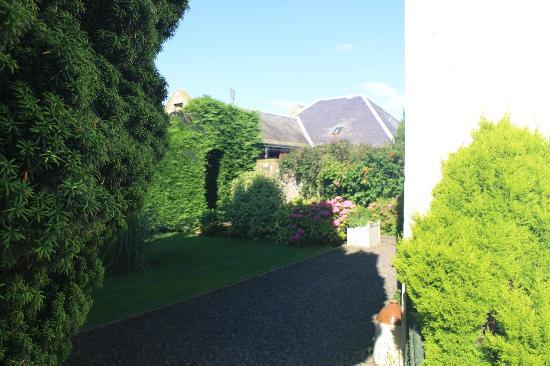 Crosshall Farmhouse B&B: B&B garden (partial )