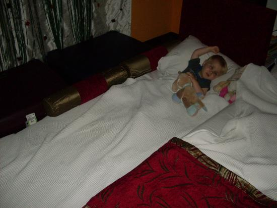 Siam Elegance Resort & Spa : solution trouvée car pas de lit bébé alors que commandé