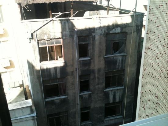 Metropol Hotel : outside the window