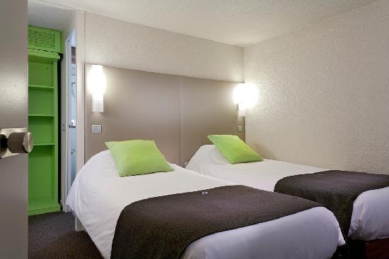 Campanile Saint Quentin : Chambre à 2 lits