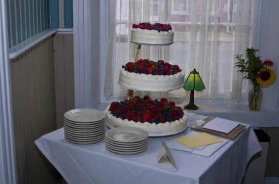 Bowers, Pensilvanya: Wedding cake table