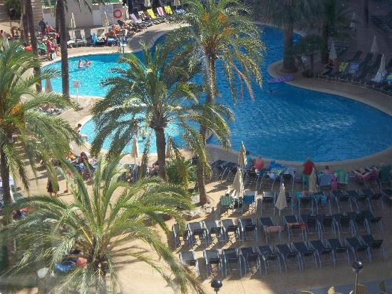 Protur Palmeras Playa Hotel: view from our room 6th floor